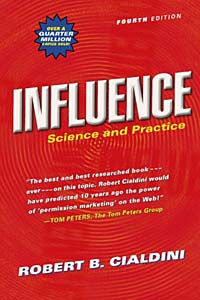 Influence: Science and Practice Издательство: Allyn & Bacon, 2000 г Мягкая обложка, 262 стр ISBN 0321011473 инфо 5769f.